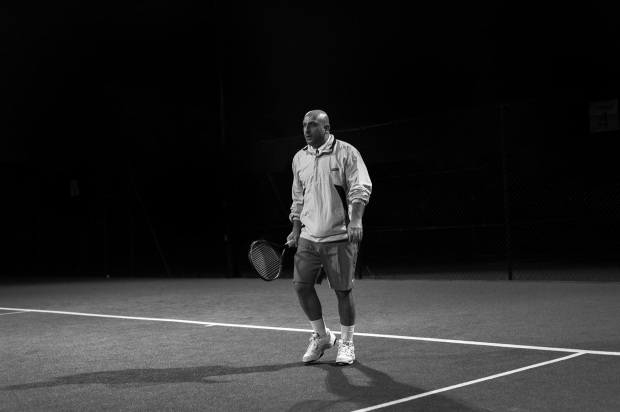hjorthmedh-tennis-bw-player