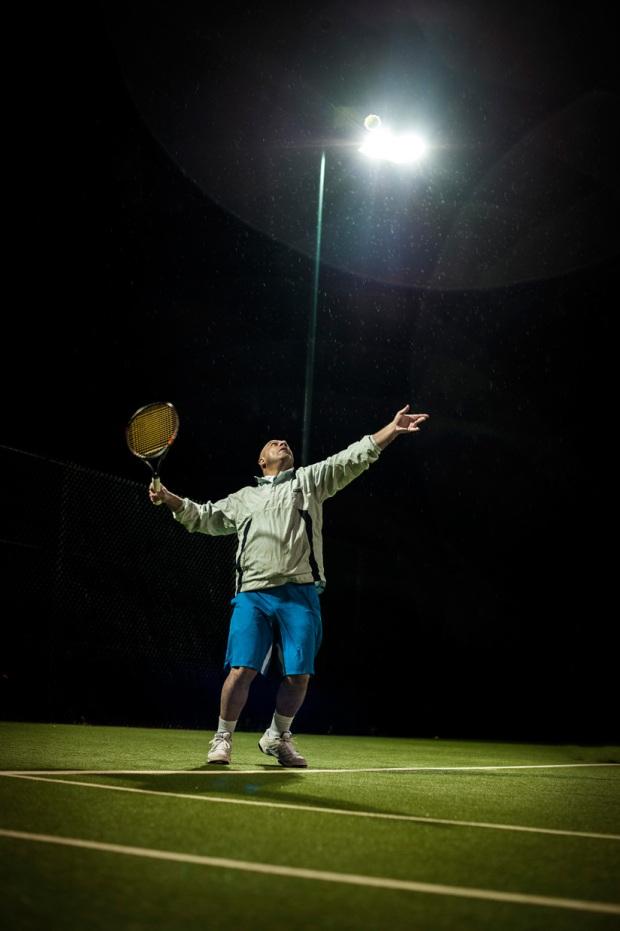 hjorthmedh-tennis-serve